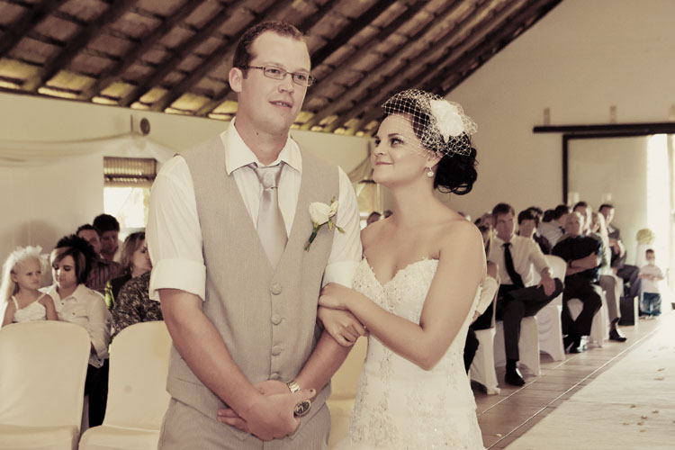 riankas_wedding_photography_nardus_johane_oostermood_farm_hartebeespoort (27)