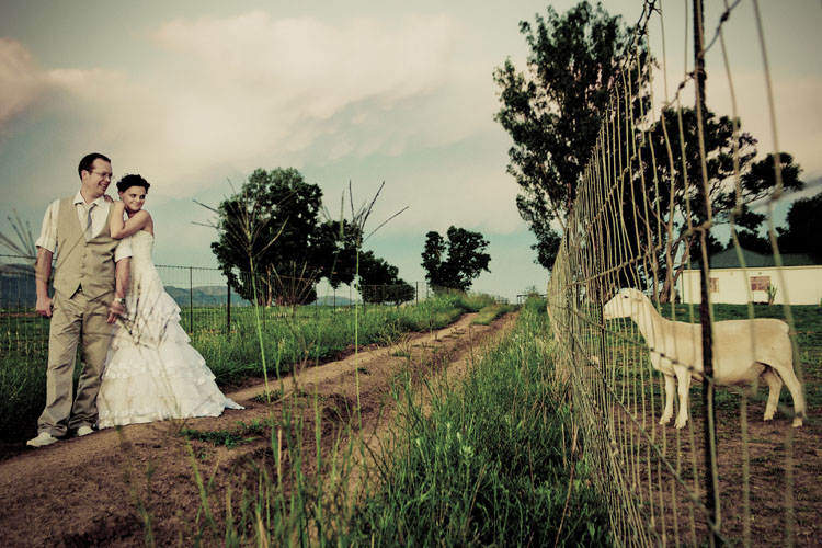 riankas_wedding_photography_nardus_johane_oostermood_farm_hartebeespoort (12)