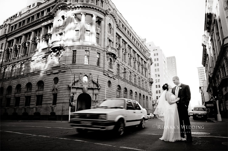 riankas_wedding_photography_down_town_johannesburg_after_wedding_shoot (16)