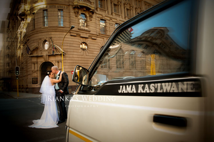 riankas_wedding_photography_down_town_johannesburg_after_wedding_shoot (12)