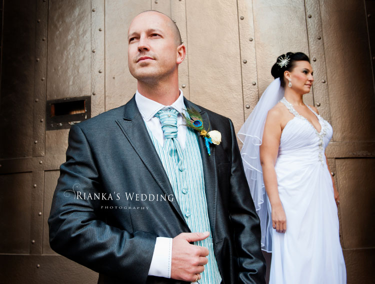 riankas_wedding_photography_down_town_johannesburg_after_wedding_shoot (8)