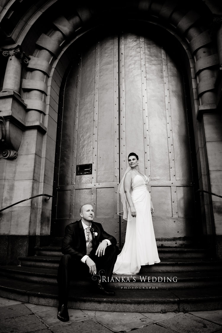 riankas_wedding_photography_down_town_johannesburg_after_wedding_shoot (7)