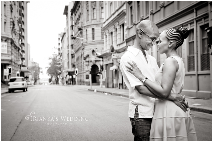 ENGAGEMENT SHOOT DOWNTOWN - PEARL & XOLILE (11)