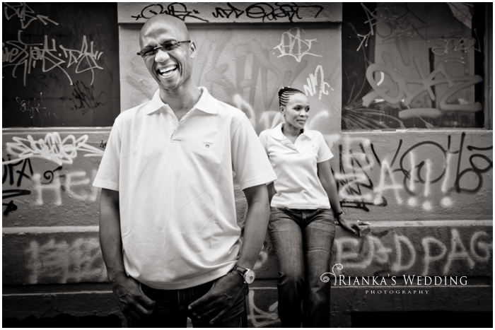 ENGAGEMENT SHOOT DOWNTOWN - PEARL & XOLILE (27)