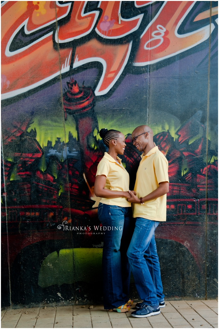 ENGAGEMENT SHOOT DOWNTOWN - PEARL & XOLILE (30)