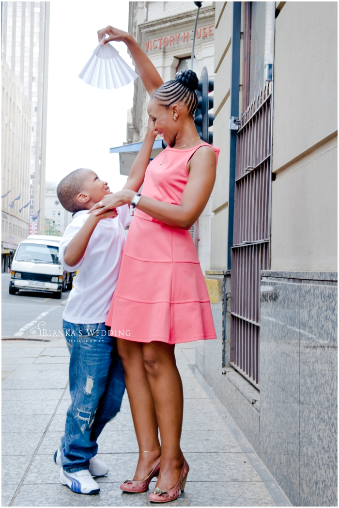 ENGAGEMENT SHOOT DOWNTOWN - PEARL & XOLILE (31)