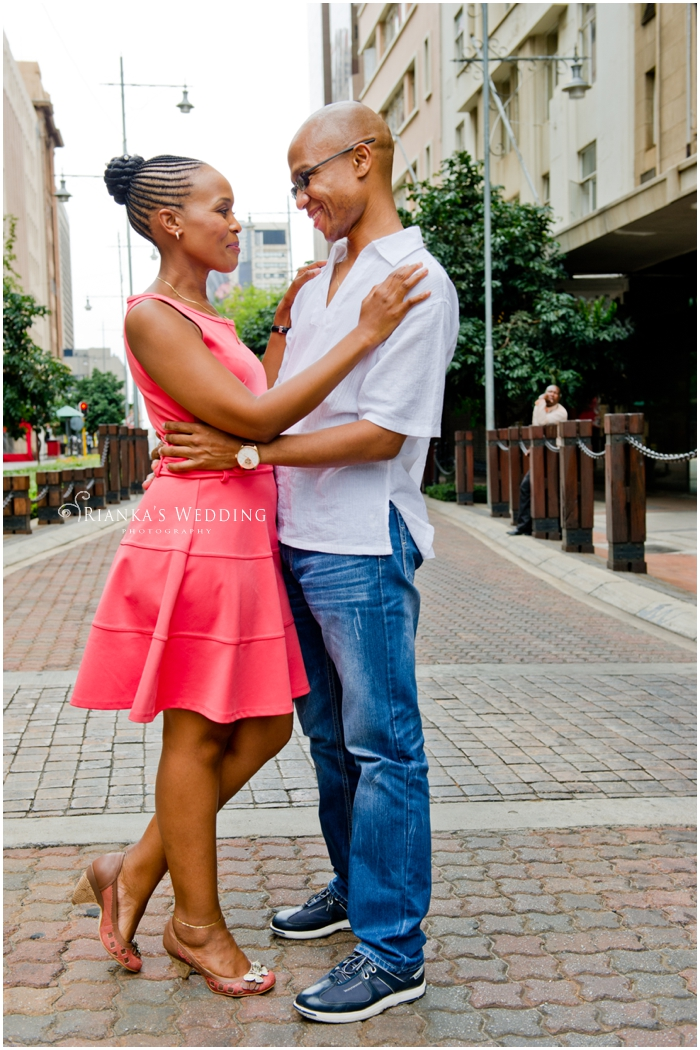 ENGAGEMENT SHOOT DOWNTOWN - PEARL & XOLILE