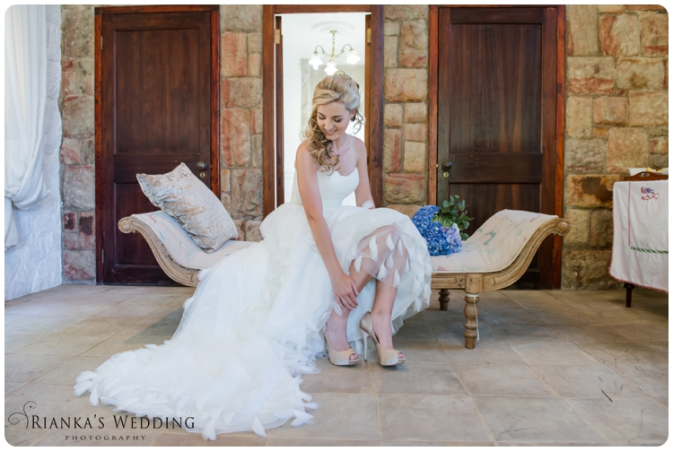 riankas wedding photography yolande morne shepstone garden wedding_00027