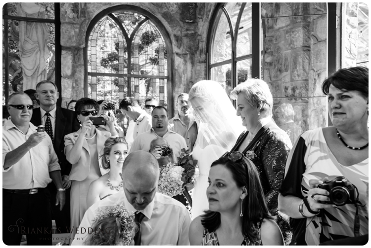 riankas wedding photography yolande morne shepstone garden wedding_00047