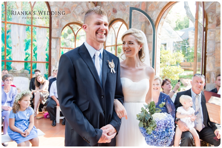 riankas wedding photography yolande morne shepstone garden wedding_00054