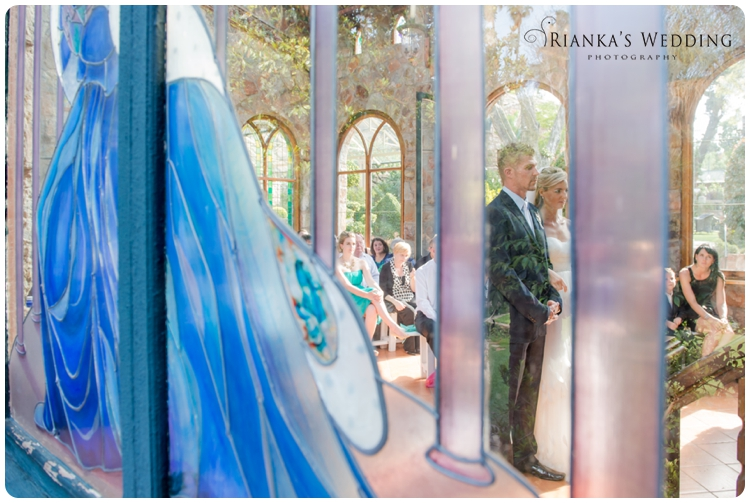riankas wedding photography yolande morne shepstone garden wedding_00057