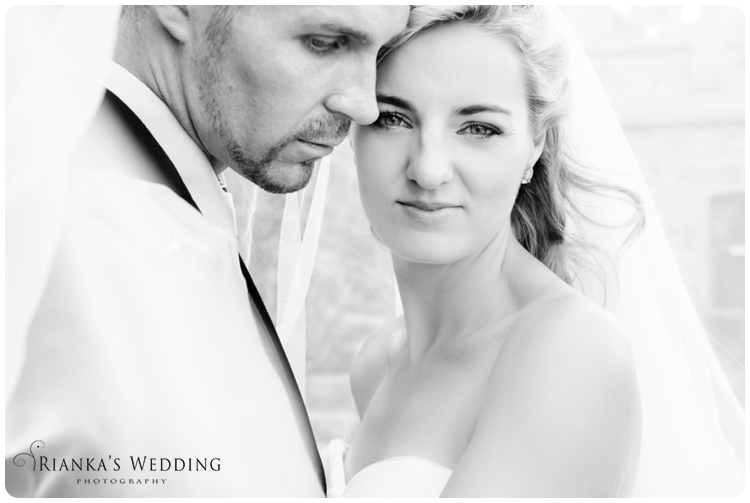 riankas wedding photography yolande morne shepstone garden wedding_00086