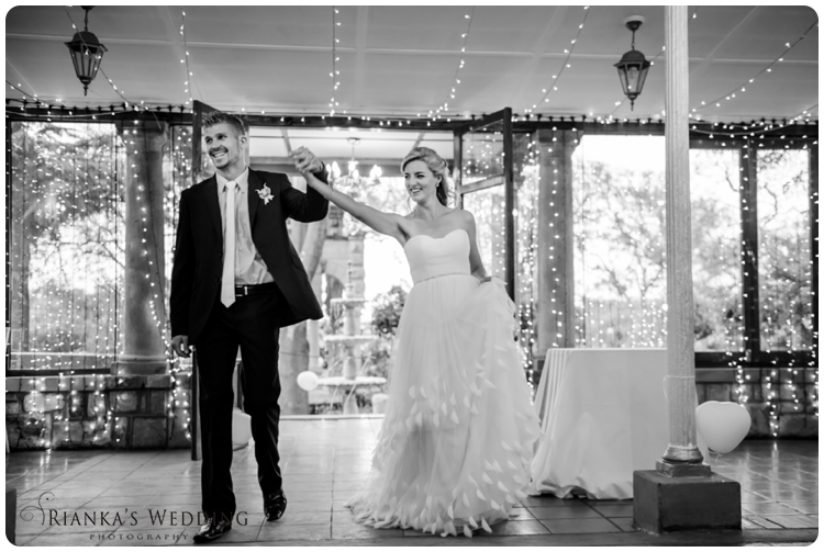 riankas wedding photography yolande morne shepstone garden wedding_00093