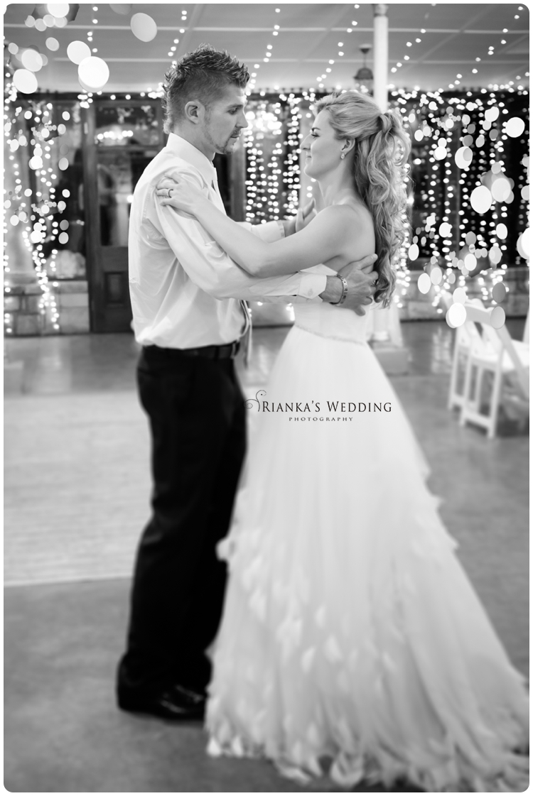 riankas wedding photography yolande morne shepstone garden wedding_00106