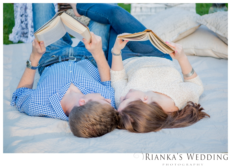 riankas wedding photography picnic engagment shoot kelvin jessica_00005