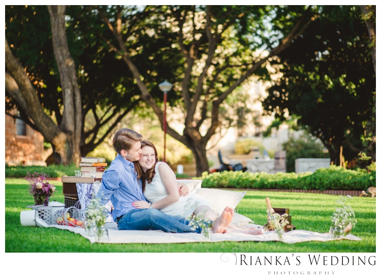 riankas wedding photography picnic engagment shoot kelvin jessica_00016