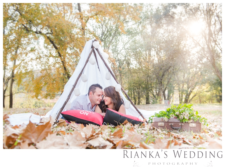 riankas weddings picnic engagement shoot0001