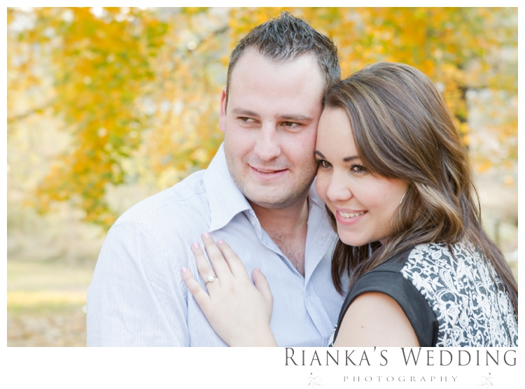 riankas weddings picnic engagement shoot0016
