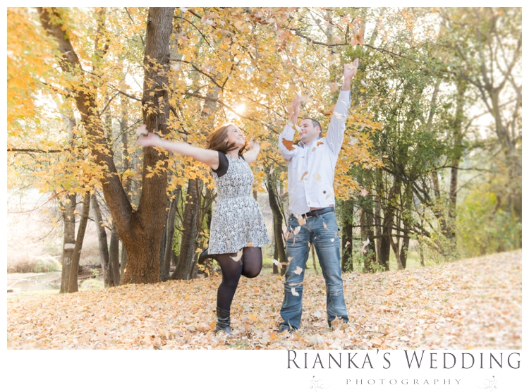 riankas weddings picnic engagement shoot0029