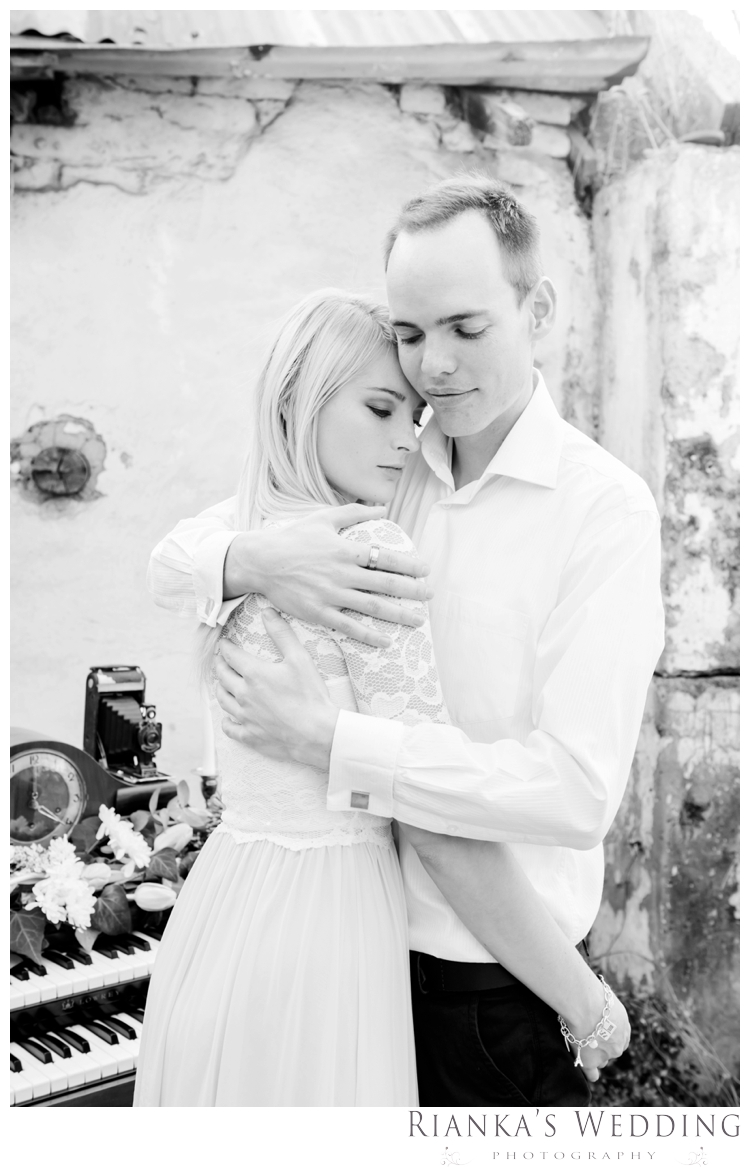 riankas weddings styled musical engagement shoot the hertford_0034