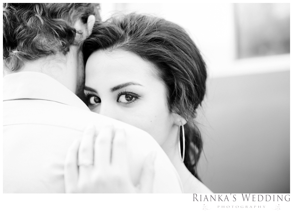 riankas wedding photography hanieh dario engagement train susnset shoot_00037