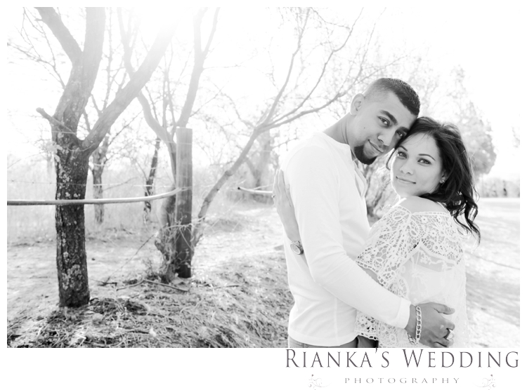 riankas weddings haley rory country engagement00011