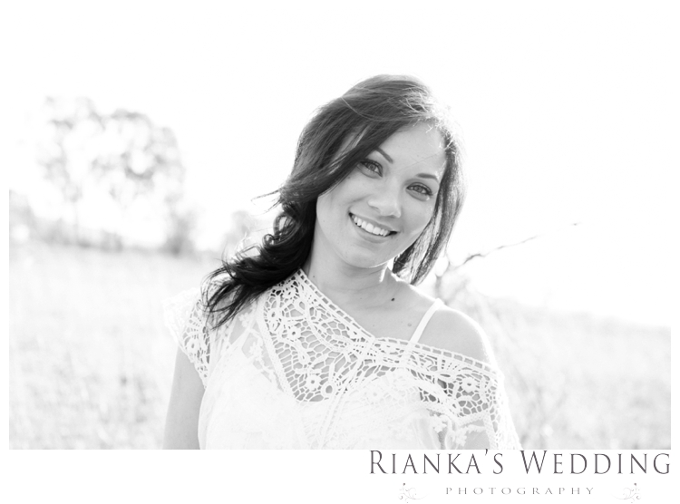 riankas weddings haley rory country engagement00016