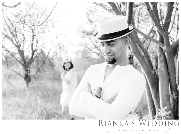 riankas weddings haley rory country engagement00022