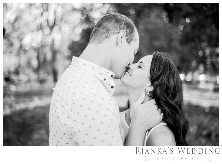 riankas wedding photography engagement shoot luzanne & jaco the red barn00006