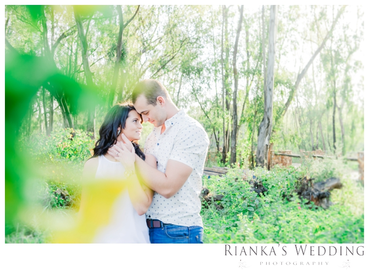 riankas wedding photography engagement shoot luzanne & jaco the red barn00009