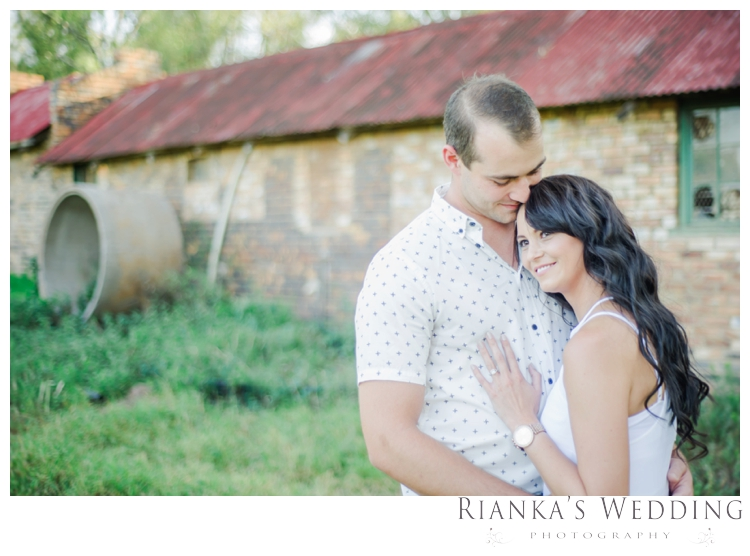 riankas wedding photography engagement shoot luzanne & jaco the red barn00031