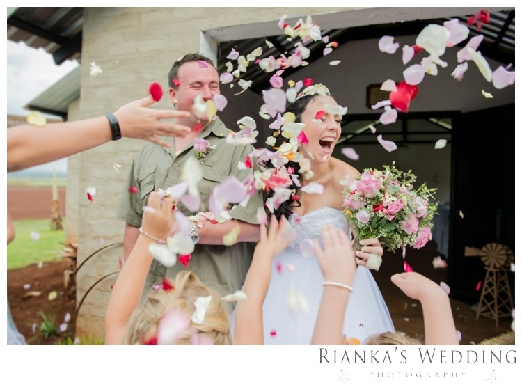 riankas wedding photography anke ryno farm wedding00049