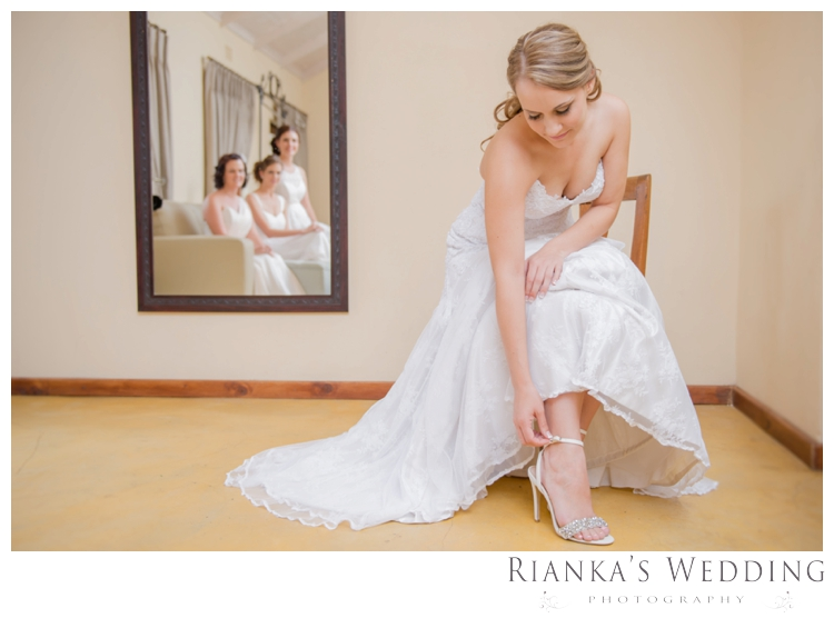 riankas weddings oakfield farm the dairy charlotte richard00037