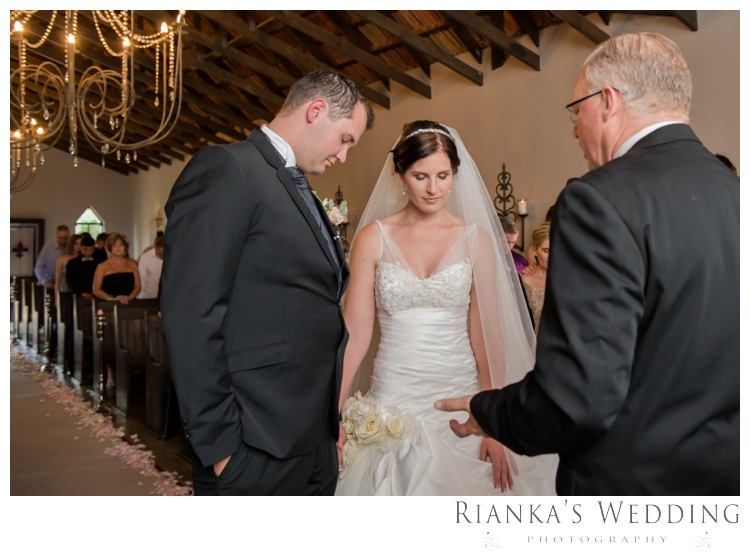 riankas wedding photography green leaves cheree francois wedding00088