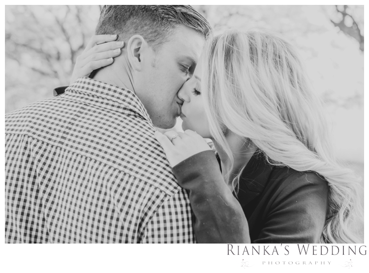 riankas wedding photography in love engagement shoot00007
