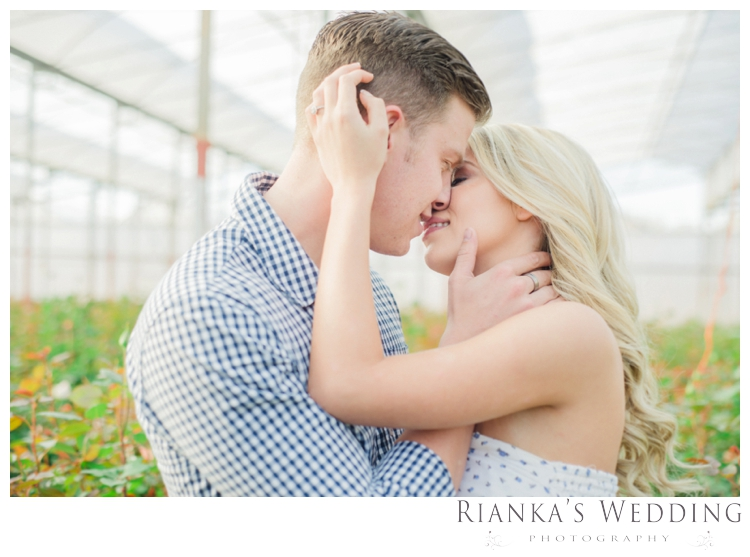 riankas wedding photography in love engagement shoot00017