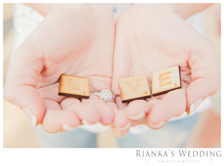 riankas wedding photography in love engagement shoot00018