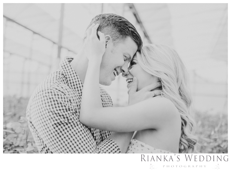 riankas wedding photography in love engagement shoot00020