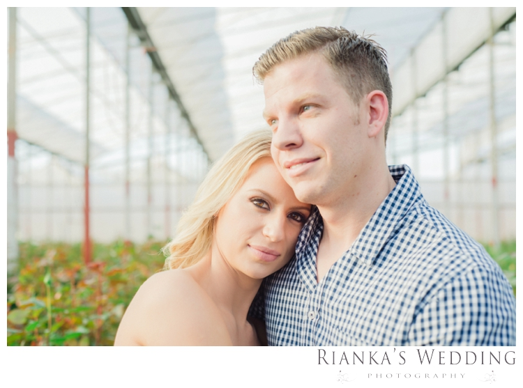 riankas wedding photography in love engagement shoot00025