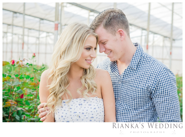 riankas wedding photography in love engagement shoot00036
