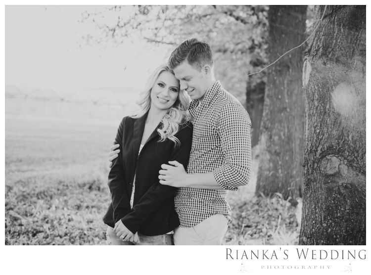riankas wedding photography in love engagement shoot00043