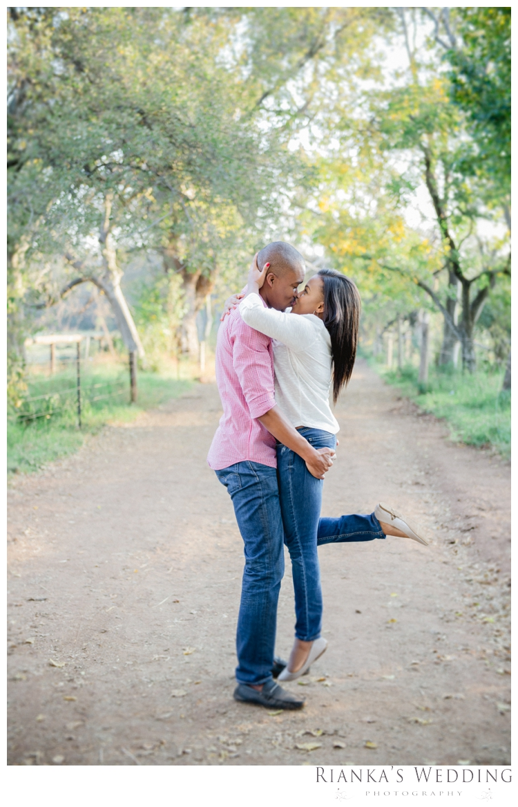 riankas weddings thato zweli engagement shoot00024