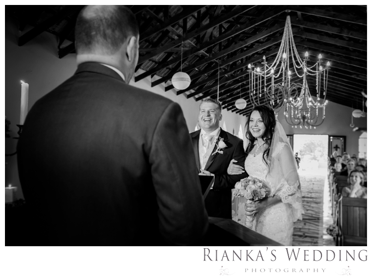 riankas wedding photography green leaves wedding elodi chris00043