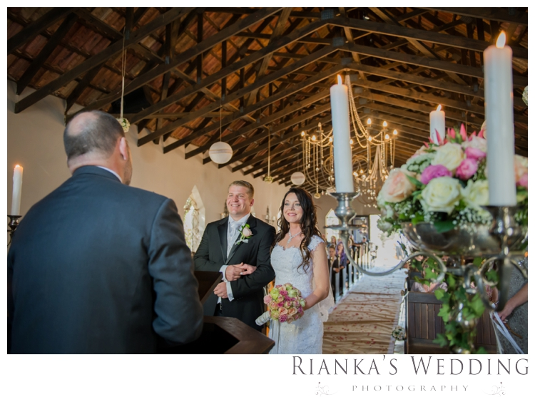riankas wedding photography green leaves wedding elodi chris00046