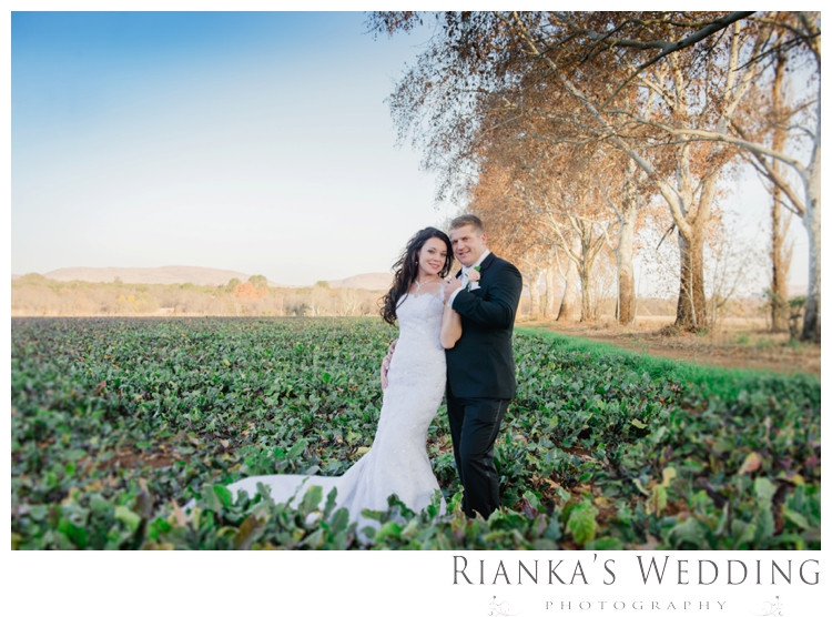 riankas wedding photography green leaves wedding elodi chris00069