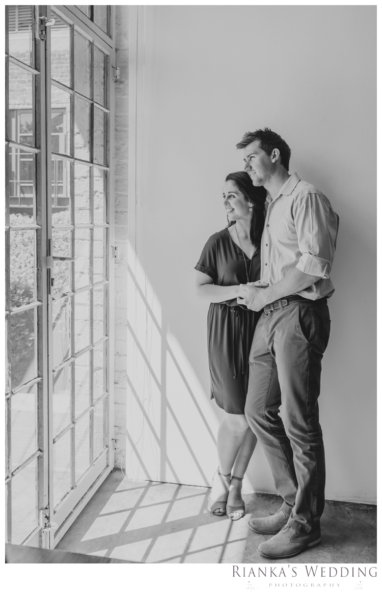 riankas weddings photography downtown engagement shoot chrismarie heinrich00002