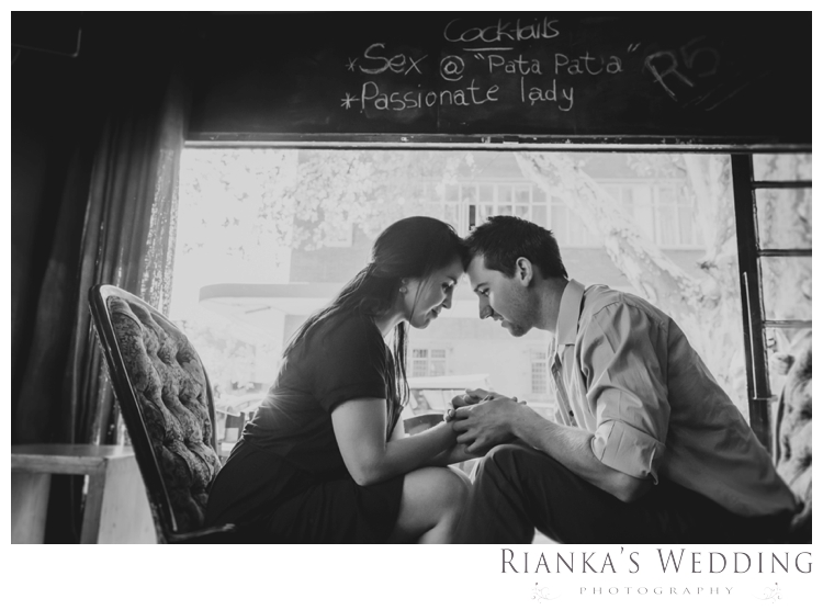 riankas weddings photography downtown engagement shoot chrismarie heinrich00012