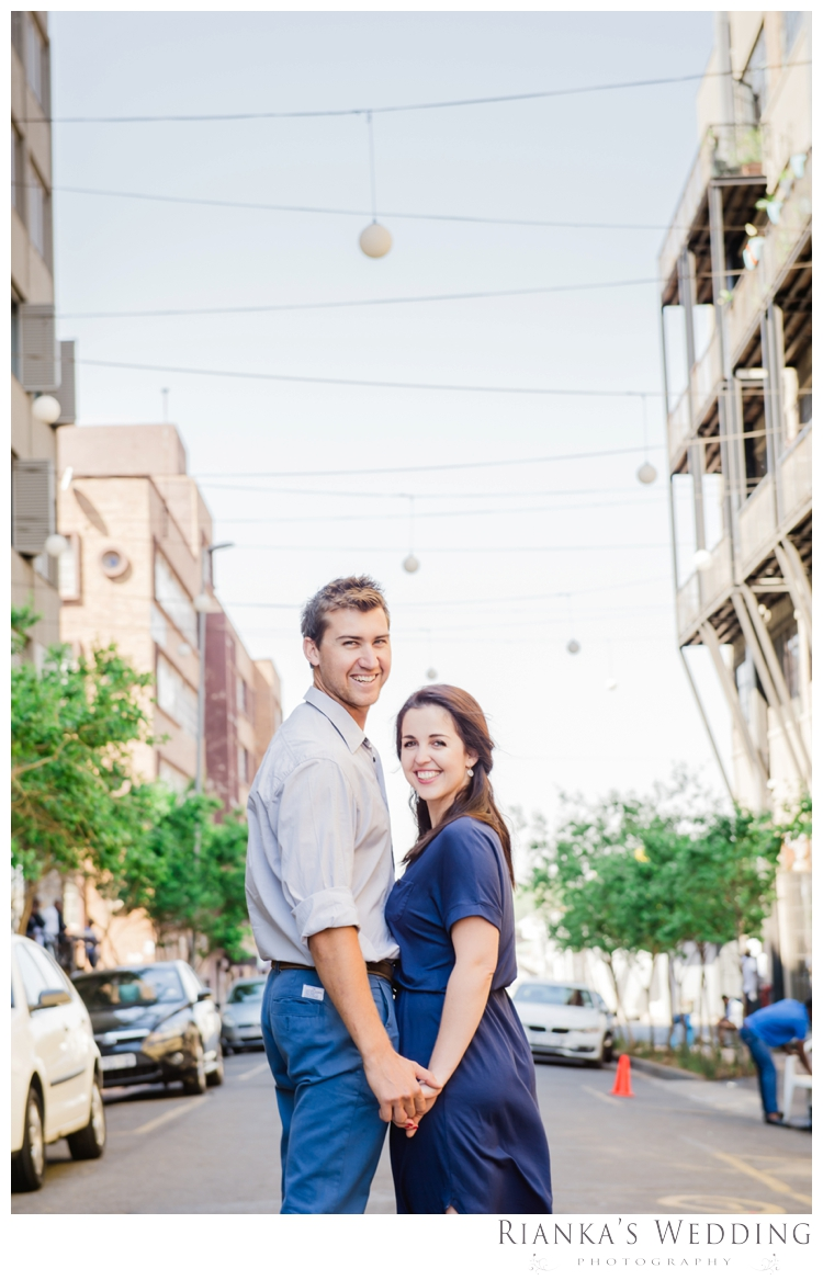 riankas weddings photography downtown engagement shoot chrismarie heinrich00013