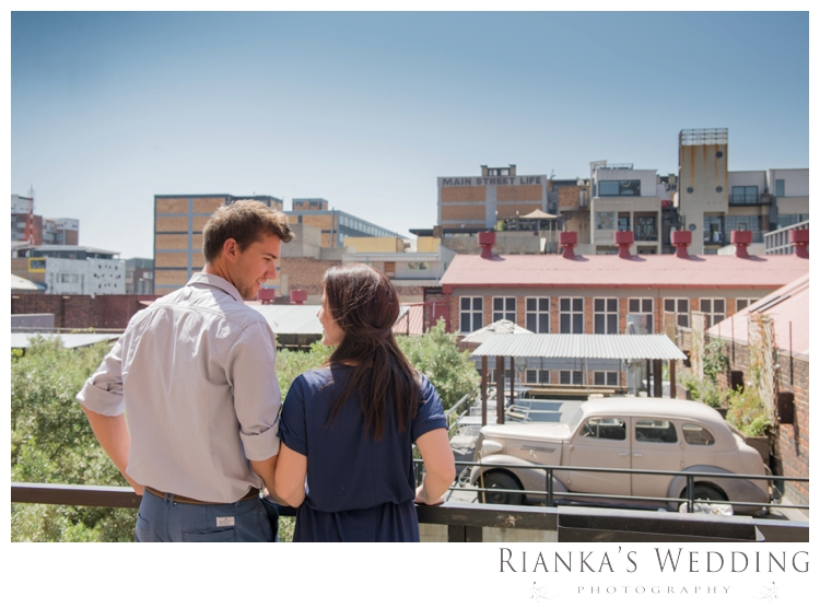 riankas weddings photography downtown engagement shoot chrismarie heinrich00021