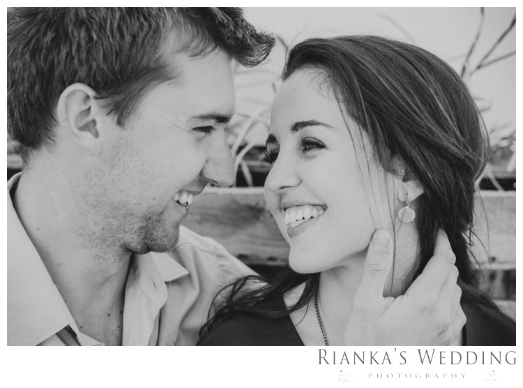 riankas weddings photography downtown engagement shoot chrismarie heinrich00027